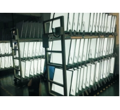 Aging rack for face lamp